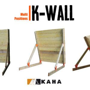 l'obstacle k-wall est une palissade en bois modulable offrant un large choix d'option , position inclinée 45°,75°, pour course à obstacles, course type OCR, parcours d'obstacles indoor de type Ninja Warrior