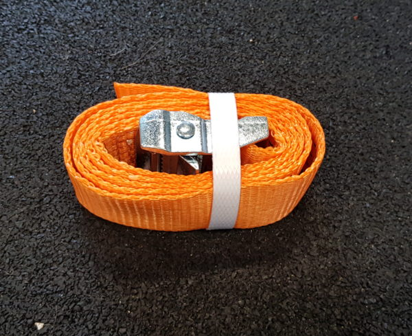 Sangle à boucle longueur 1m20, largeur 38mm, idéal pour fixer tout agrès sur une poutre ou une branche. Charge maxi 100kg Pour course à obstacles, course type OCR, parcours d'obstacles indoor de type Ninja Warrior
